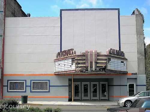 Calhoun Theatre