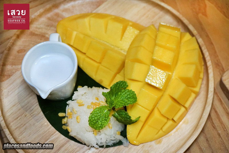 savoey mango sticky rice