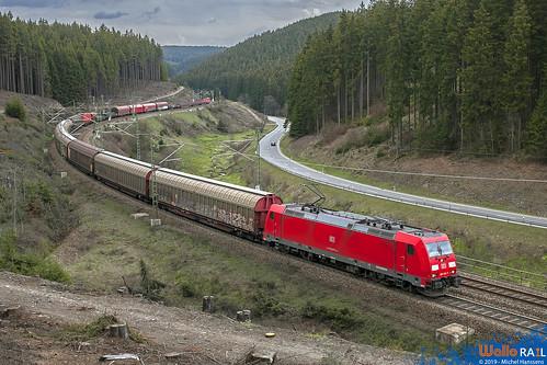 185 316 + 151 029 DB Cargo . Ludwigsstadt . 19.04.12 .