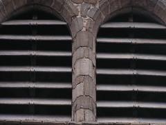 20080515 23405 0905 Jakobus Champdieu Kirche Turm Lammellen_K