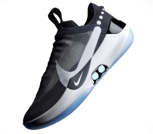 e008dc16cdc2e 2019-02-22 11 54 20-minimachines.net. L idée de base de ces Baskets Nike ...