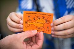 Österreich umgeben von Atomkraftwerken auf einem Zettel. Demo gegen Umweltverschmutzung und Klimaerwärmung