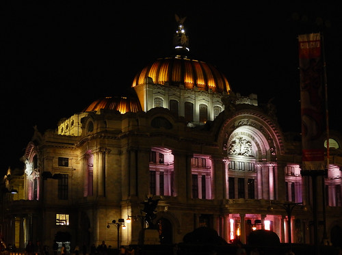 The Neo-Classical exterior of Palacio of Bellas Artes lit up at night