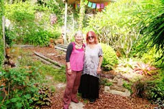 Ulli's garden in Sydney  - March 2015 - Chend and MamaCher