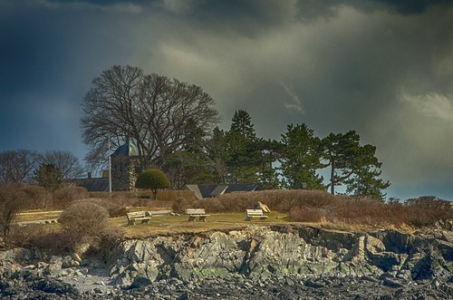 colonybeach kennebunkport bench stanns maine coast parsonsway oceanave clouds light niksoftware hdrefexpro2