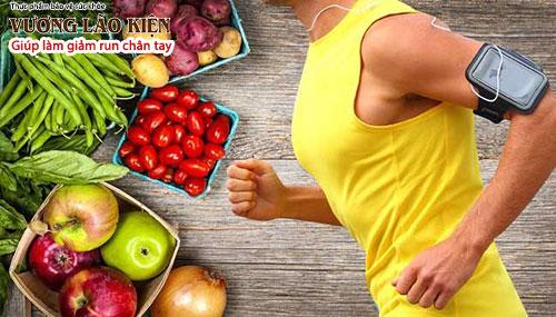Ăn uống khoa học, tập luyện đầy đủ có thể giúp giảm nhẹ triệu chứng rung lắc đầu