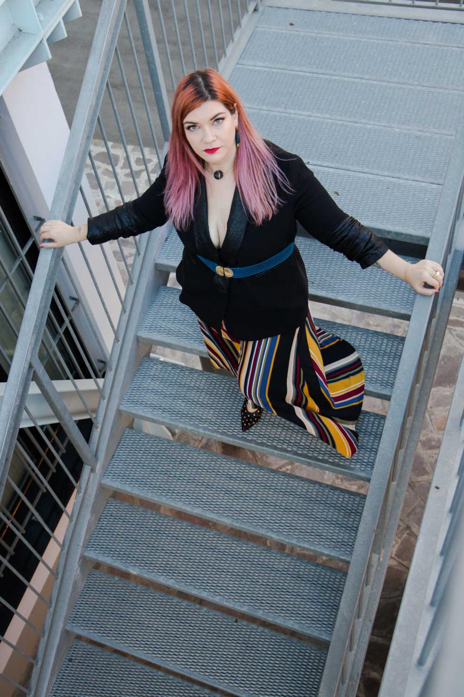 Outfit plus size fantasia e colori neutri (5)