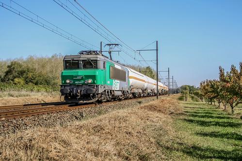 15 octobre 2011 BB 7411 Train 58870 Miramas -> Bordeaux-Hourcade Saint-Martin-de-Sescas (33)
