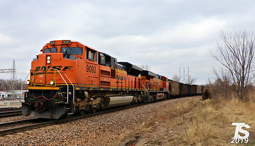 5/8 BNSF 9093 Leads SB Coal Drag Merriam, KS 2-3-19