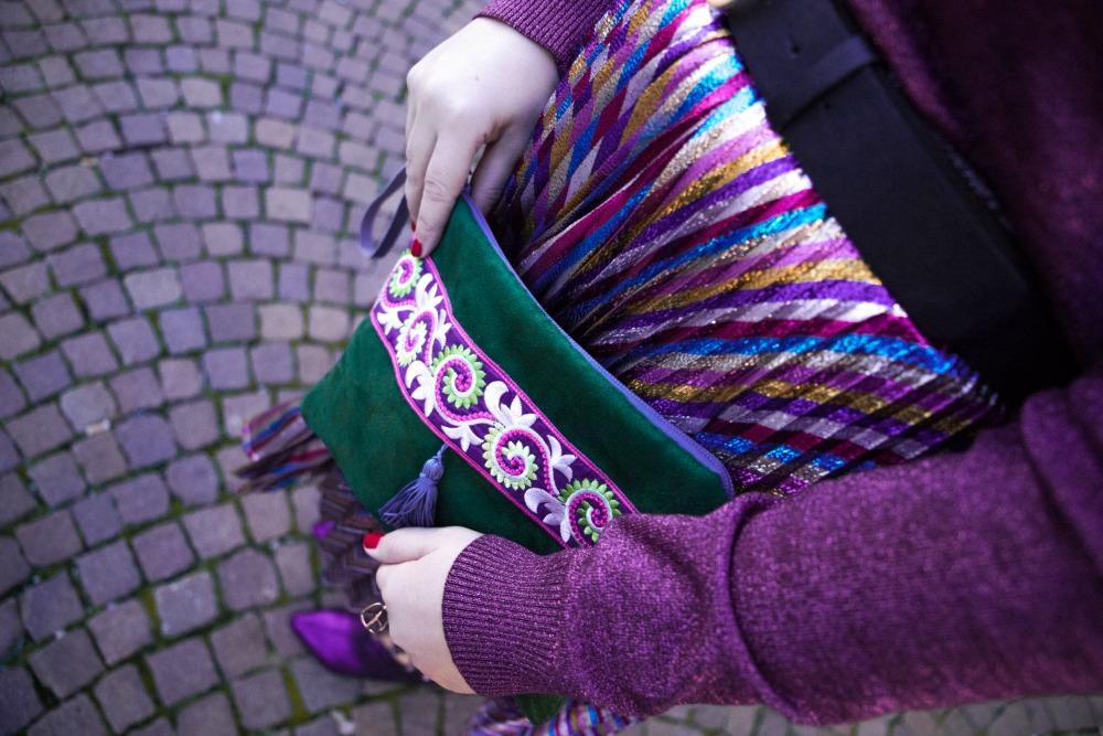 Outfit plus size, curvy, glitter, lamè e viola per Capodanno (3)