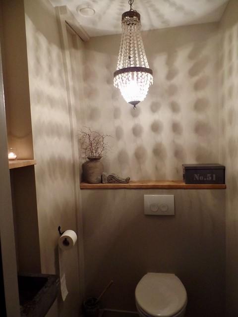 Kroonluchter toilet landelijke stijl