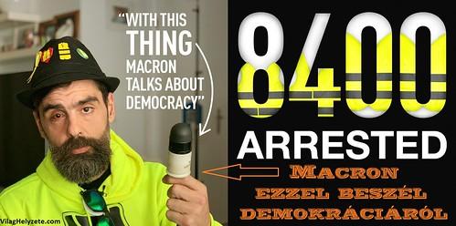 Macron ezzel beszél demokráciáról
