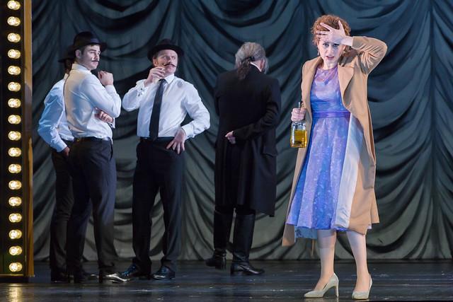 Serena Malfi as Dorabella in Così fan tutte, The Royal Opera © 2019 ROH. Photograph by Stephen Cummiskey