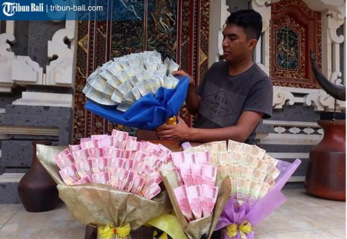 banknote bouquets