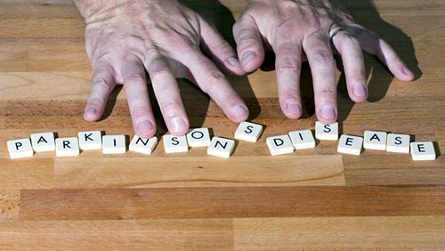 Penyakit Parkinson– Penyebab, Gejala, dan Bahayanya