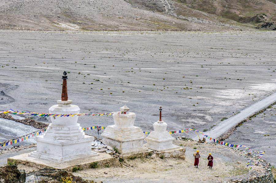 Ступы. Монастырь Рангдум, долина Суру