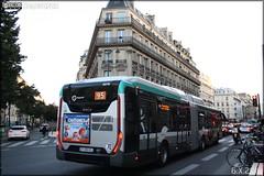 Iveco Bus Urbanway 18 Hybride - RATP (Régie Autonome des Transports Parisiens) / STIF (Syndicat des Transports d'Île-de-France) n°5076