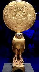 Figurine d'Horus sous les traits d'un faucon solaire, 1336-1326 av. J.-C.