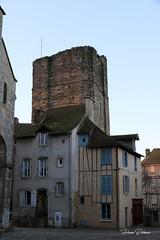 87 St-Yrieix - Tour de Plô XII