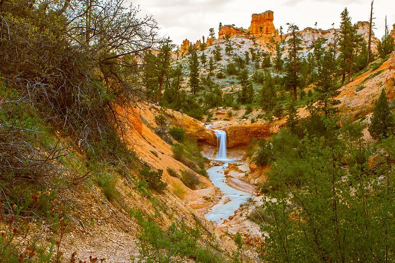 Bryce-Waterfall-15_7d1__230516