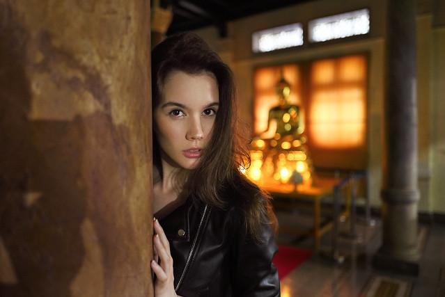 Sara Maricevic from a corner at Bangkok Railway Station