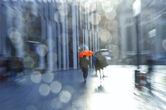 Chasing a red umbrella~ duesseldorf