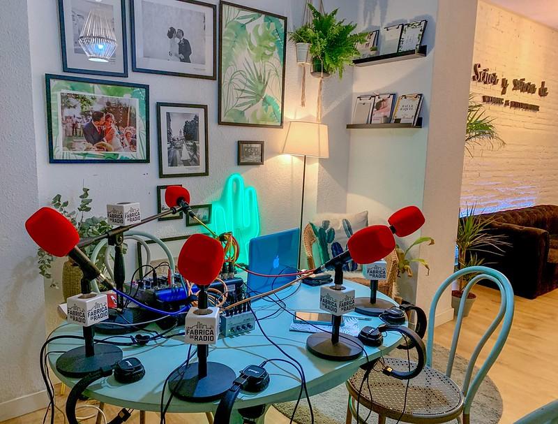 Foto Estudio de La Fabrica de Radio Señor y Señora de
