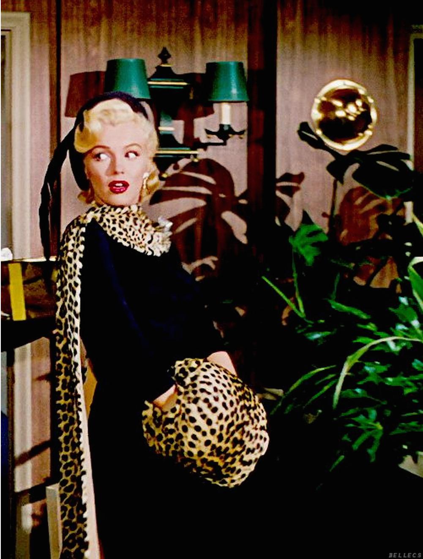 Кадр из фильма Джентльмены предпочитают блондинок (1953)