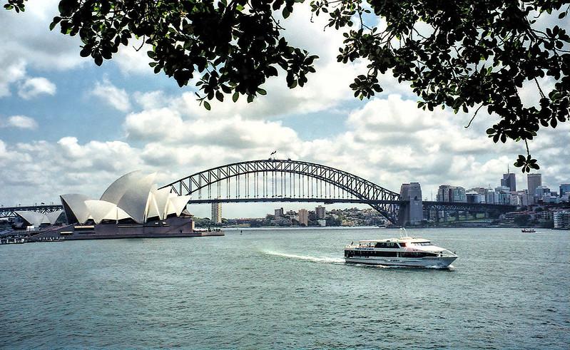 2001 #315-19A Australia Sydney