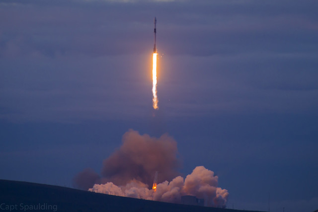 Space X, Canon EOS 6D, Canon EF 28-300mm f/3.5-5.6L IS