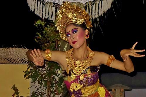 INDONESIEN, Bali , balinesische Tanzdarbietung am Abend, 17957/11181