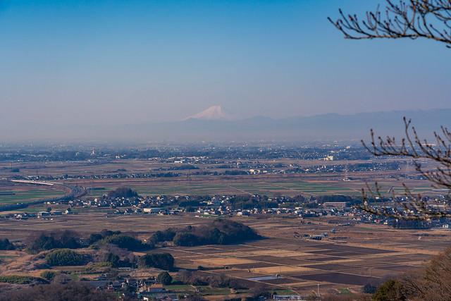 微かに富士山@三毳神社