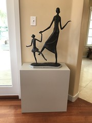 Dancing_Mother_Child