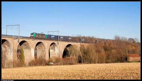 Crossrail 186 210 @ Sint-Martens-Voeren