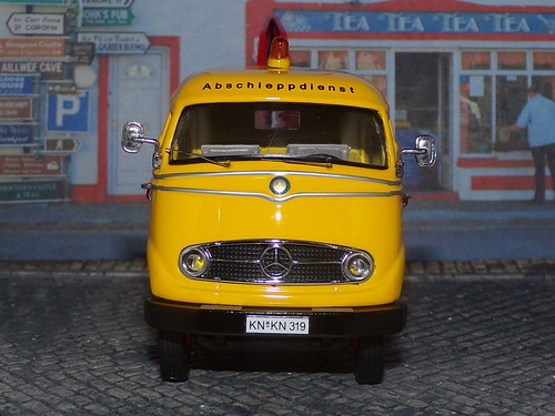 Mercedes Benz L319 - 1955 - Premium ClassiXXs