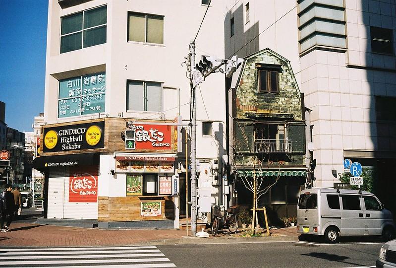 Leica M2+Leitz Summicron 35mm f2 0+Kodac Ultramax 400明石町交差点