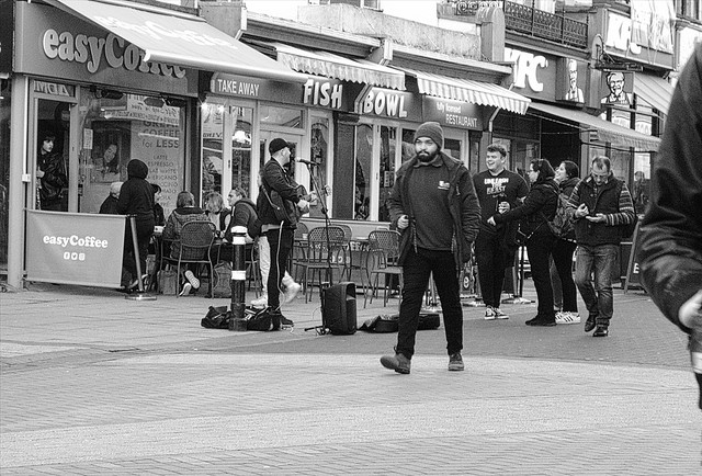 Buskers in town 4, Hastings., Fujifilm FinePix E900