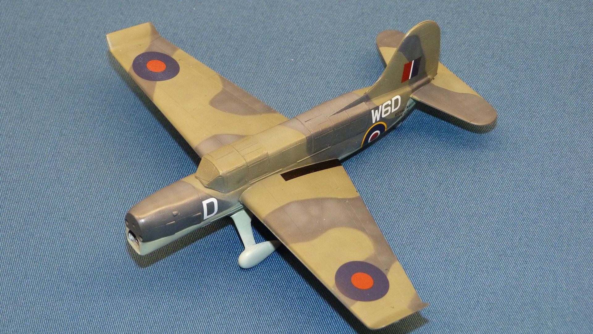 Julklappsbygge: Curtiss Seamew Mk1, Sword 1/72 - Sida 3 46543500395_5454012b0b_o