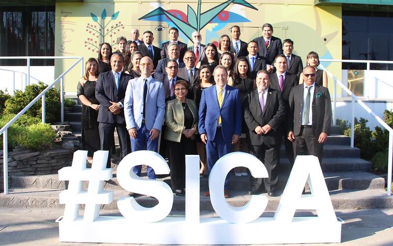 Acto de clausura del Diplomado en Resiliencia de la Seguridad Alimentaria y Nutricional