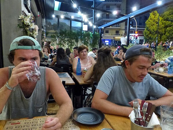 taverne Ptitsa