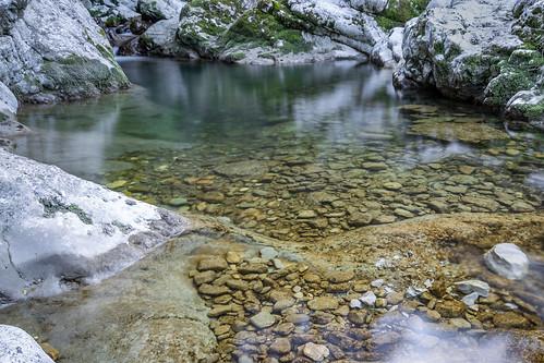 Pietre sul fondale (Stones on the bottom)