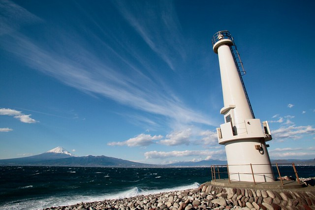 Photo:View of Mt. Fuji from a lighthouse By O. Heda