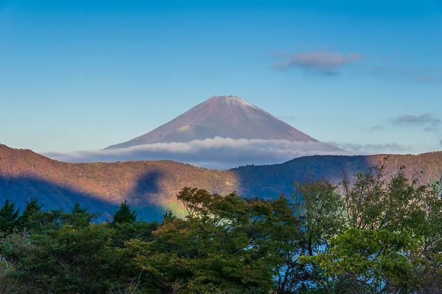 ホテルより早朝の富士山