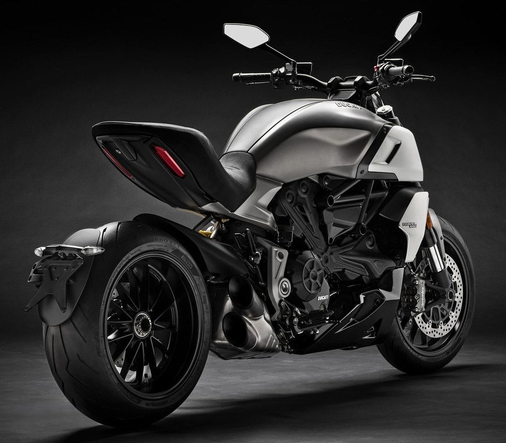 Ducati DIAVEL 1260 2019 - 4