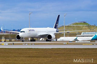Lufthansa A350-900 D-AIXM @ MUC