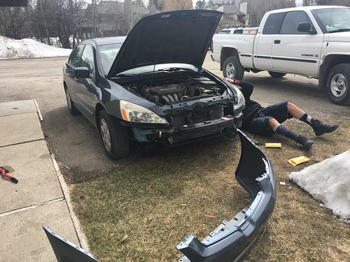 Replacing front bumper of Honda Accord