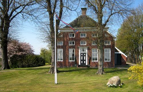 Groningen: Muntendam, Hoeve De Munte