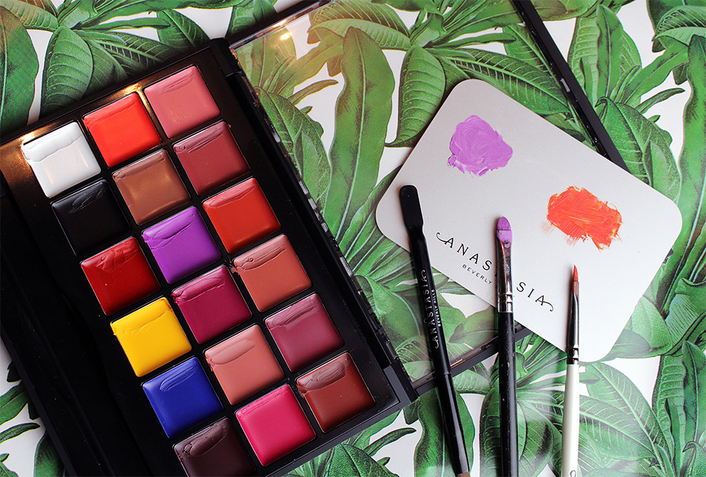 Anastasia Beverly Hills Lip Palette Review product flat lay flatlay