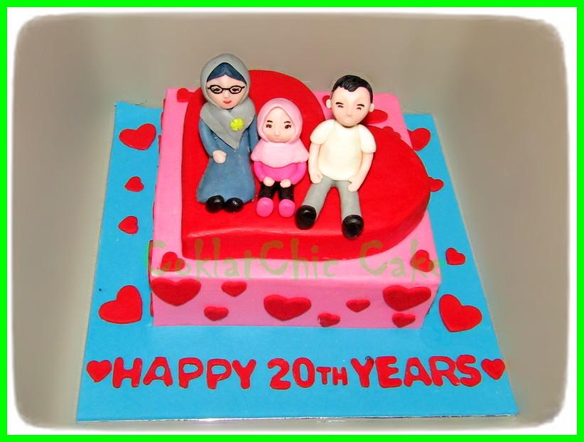 Cake Family Heart 18 cm
