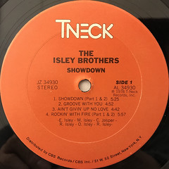 THE ISLEY BROTHERS:SHOWDOWN(LABEL SIDE-A)